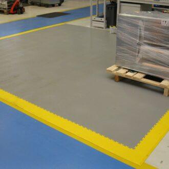 Új vagy mobil padlóra van szüksége bérel terekben?